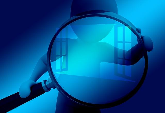 la obligación de las empresas a cumplir la ley de protección de datos