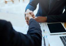 ¿Cómo pueden los autónomos contratar familiares con la nueva Ley? - SFT Consultores
